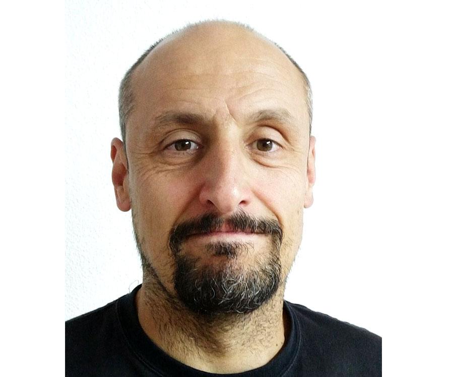 D. Raúl Abad
